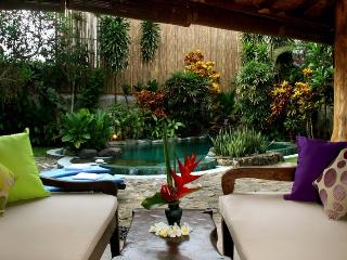 Villa Tibu - beautiful sanctuary , heart of Legian
