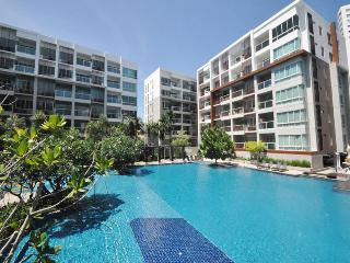 1 bedroom condo in the Seacraze