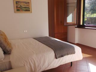 Stresa 2 bedroom apartment with private beach., Belgirate