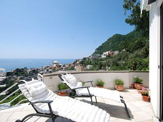 Modern Apartment with Ocean Views in Positano  - Casa Tea