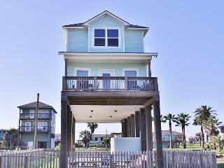 Make memories that last in this gorgeous, brand new BEACHSIDE home!, Galveston