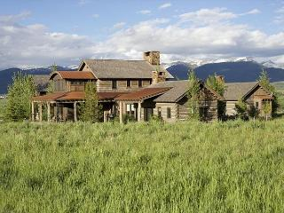 USE PROMO CODE '10 Off' - Private Home on 5 Acres Close To Jackson Hole!