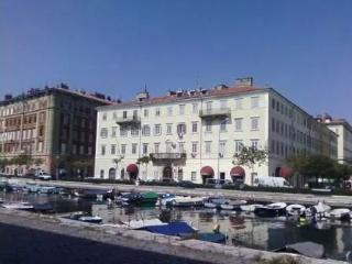 Studio Fiume Rijeka for 2 with WiFi