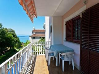 Kati Apartment 3 for 4 with sea view, Vantacici