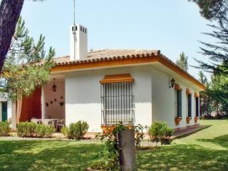 Bright Andalusian house with garden, Conil de la Frontera
