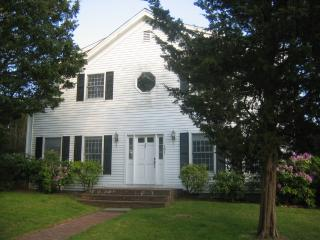 101 Pease's Point Way Edgartown, MA, 02539