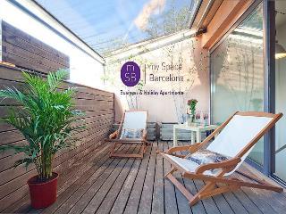 Bright duplex-private terrace, Barcelona
