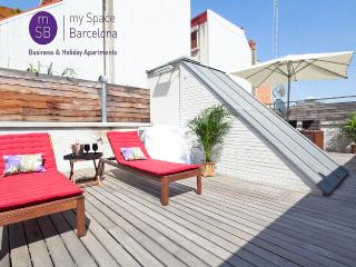 Beautiful triplex w/ terrace, Barcelona