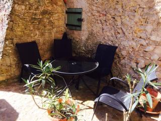 The courtyard and patio set