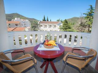 Apartments Dimić Ellite - Double Room with Balcony 3, Budva