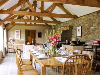 Luxury,Contemporary & Spacious Self Catering Barns, Lyonshall
