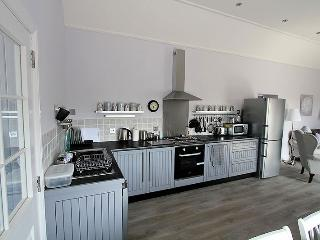 Generously equipped kitchen