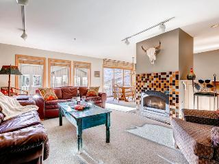 Superior Point Condominiums - 2F, Alta