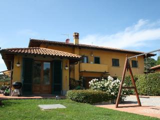 Beautiful 19th century farmhouse Montecatini Terme with private pool