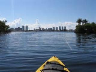 Oleta río en kayak lago Maule y la Intercoastal