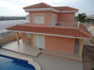 3 Bedroom Luxury Detached Villa With Private Pool, Los Alcázares