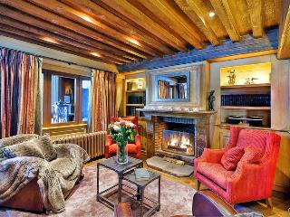 Courchevel Chalet Sleeps 10 with Pool - 5669448
