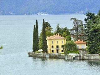 Villa Del Lago, Limonta
