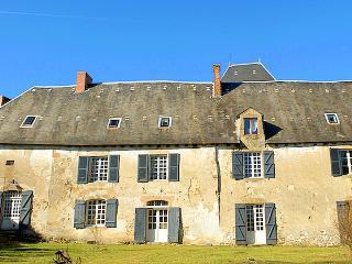 Chateau De Montare, Saint-Julien-le-Petit