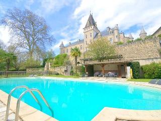 Chateau De Lys, Reaup-Lisse