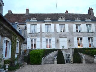 Chateau Du Clos, Saint-Ay
