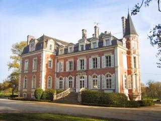 Chateau De La Cailletiere, La Cornuaille
