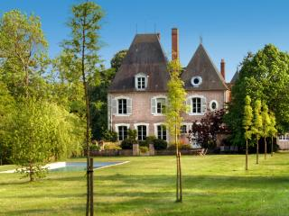 Chateau Seiguier, Brinon-sur-Sauldre