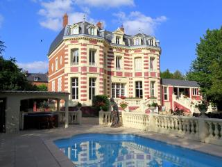 Chateau De Talente, La Fere