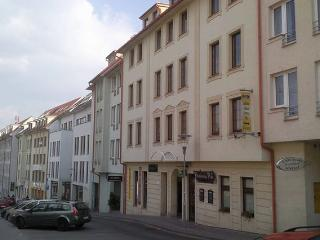 Luxury Bratislava central Apartment 85 m2 + garage