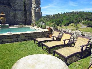 Chateau Asturias, Aragon