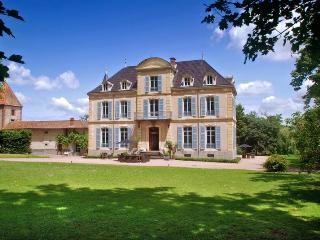 Château Les Bardants, Saint Bonnet des Quarts