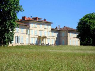 Chateau Beaurive 15, Montbrison