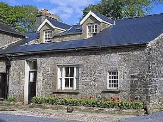 Tack Room Cottage, Gort