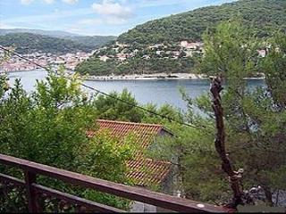 6116 A1(4+1) - Pucisca, Isla de Brac