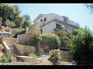 6116 A1(4+1) - Pucisca, Brac Island