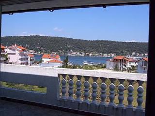 A2 ?etvorka (4+1): terrace view