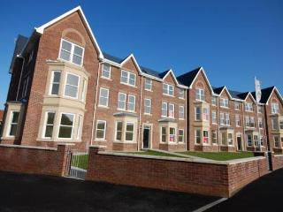 Modern, Spacious Holiday Apartment, Filey