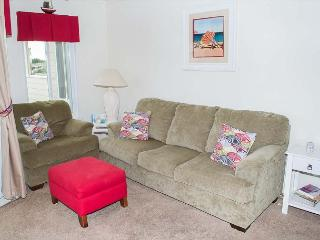 Oceanside Condo with family friendly amenities!, Atlantic Beach