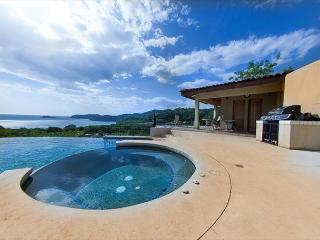 Villas Catalinas Townhome 16: Incredible Ocean Views!