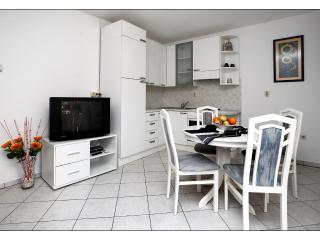 Apartment in beautiful Split, Podstrana