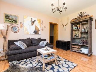 Vacation Apartment in Essen - 646 sqft, comfortable, WiFi (# 2533)