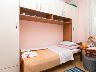 Rooms Ivan - Single Room with Terrace, Dubrovnik