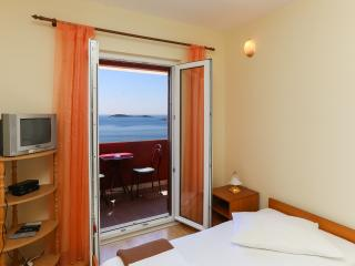 Apts Zupcica-Comfort One Bedroom Apt, Sea View-(A), Mlini