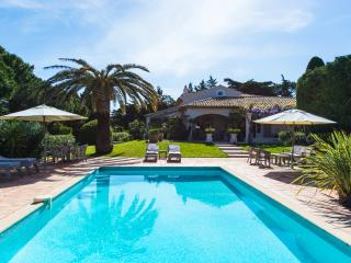 Magnificent St Tropez 5 bedroom Villa ,10 sleeps, St-Tropez