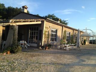 Casale di Poyel  Agriturismo Bio di Charme, Magliano Sabina