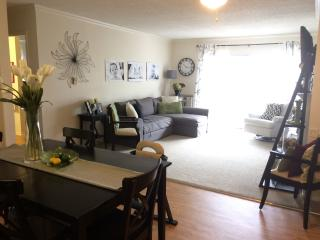 Vacation Rental in Seal Beach - 2 Bedroom 2 Bath
