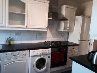 3 bedroom apartment, Edinburgh