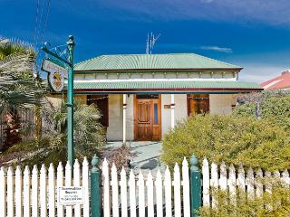 Emaroo Argent Cottage, Broken Hill