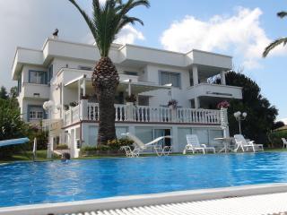 Lato piscina appartamento/loft in Villa, Soverato