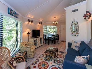 19 Night Heron - 7/29 Weeks AVAILABLE!  5 minutes walk to the beach